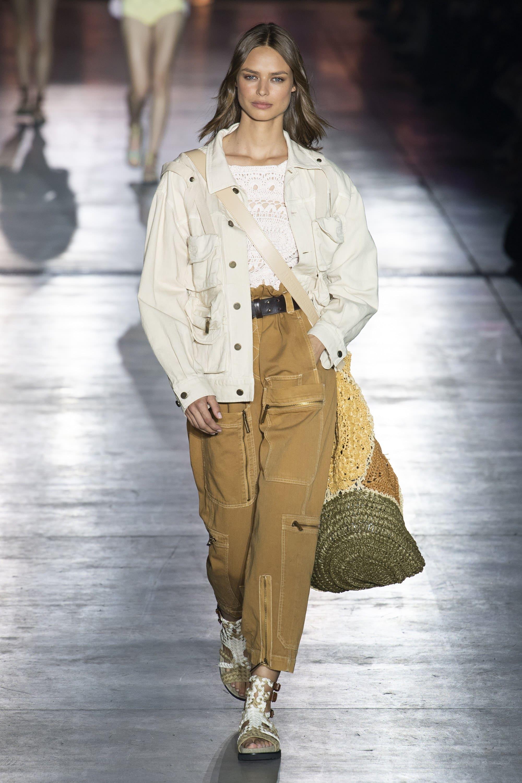 Модный лук в джинсовом стиле