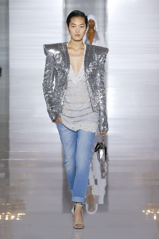 Нарядная джинсовая одежда