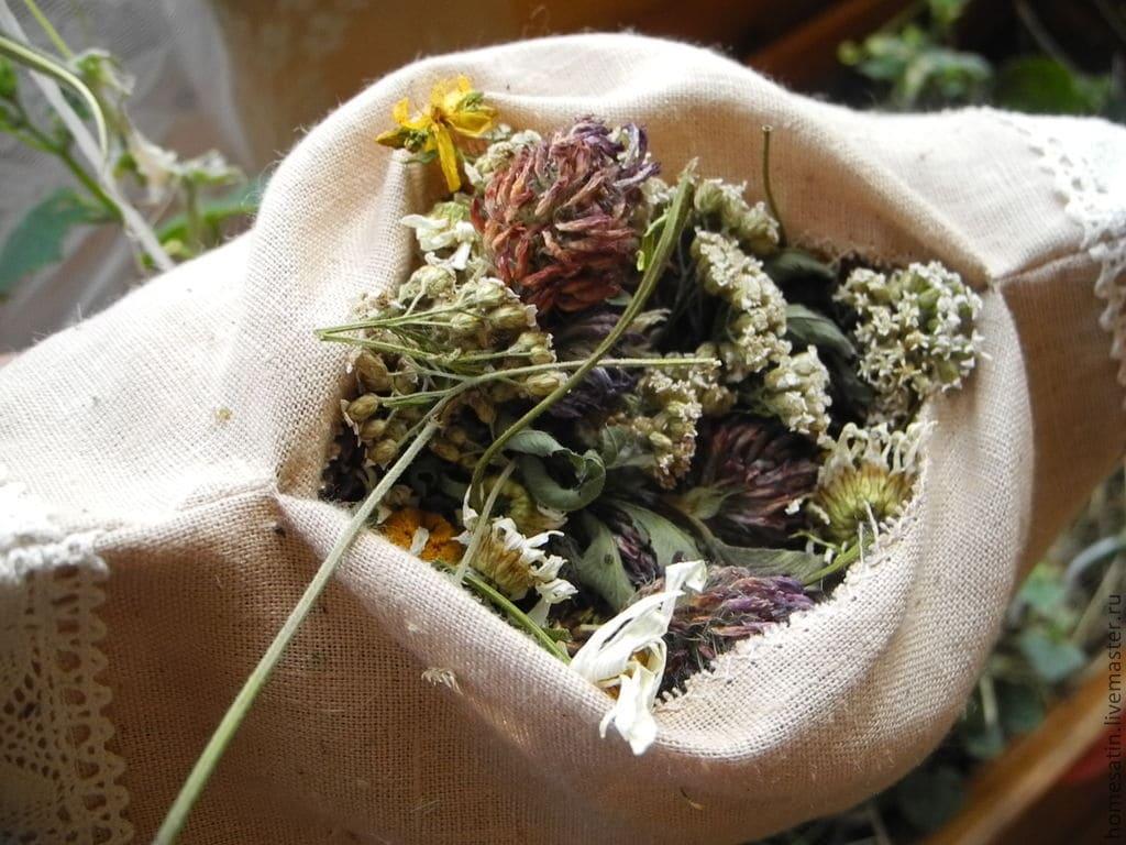 Травы в подушке