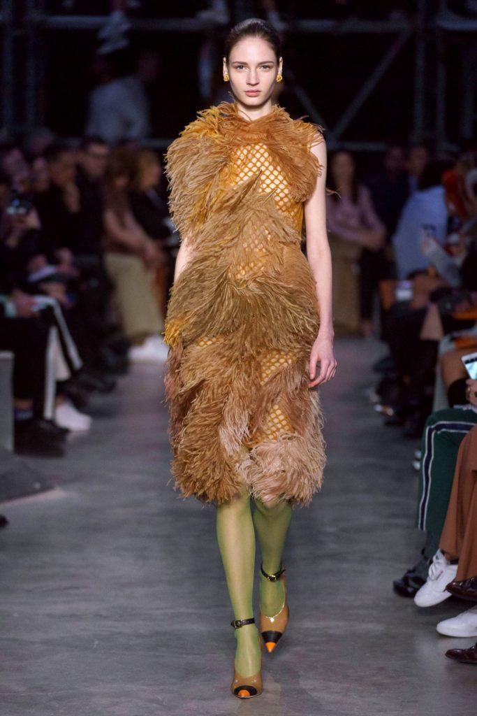 burberry платье с бахромой