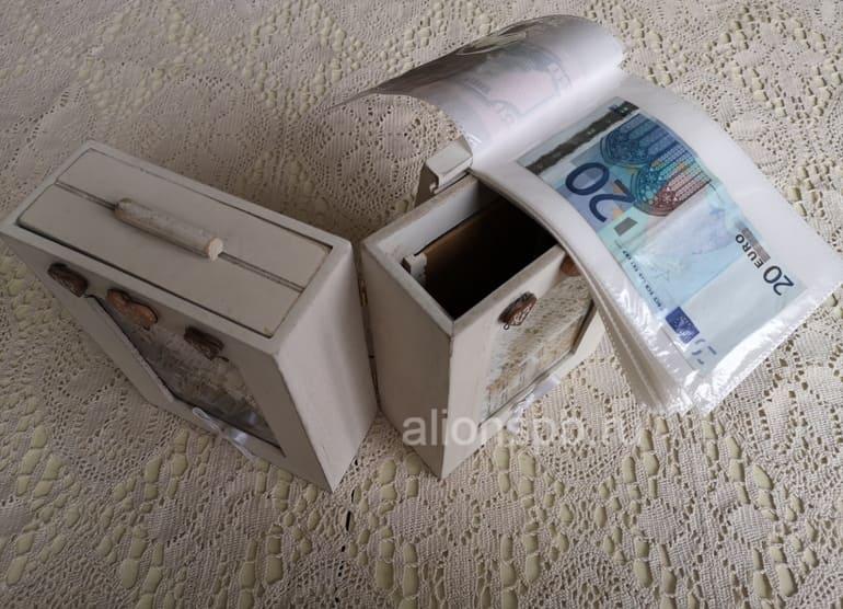 Шкатулка для фото с денежным подарком на свадьбу
