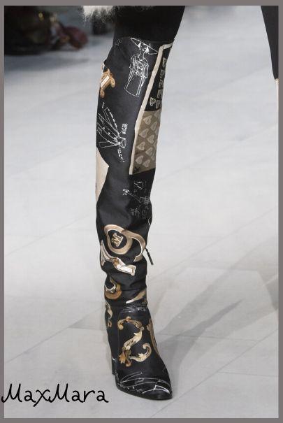 Высокие стильные сапоги